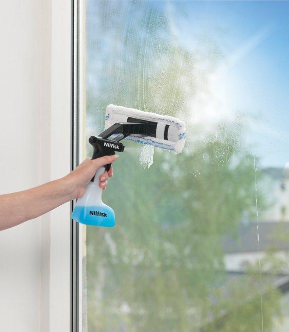 vinduesvasker med damp